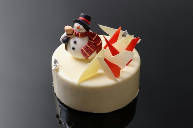 画像: 北海道厚真産ハスカップを使用したクリスマスケーキ