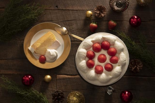 画像1: クリスマスや記念日におすすめのシフォンケーキ『ザ・パーティーシフォン(プレーン&いちごムース)』
