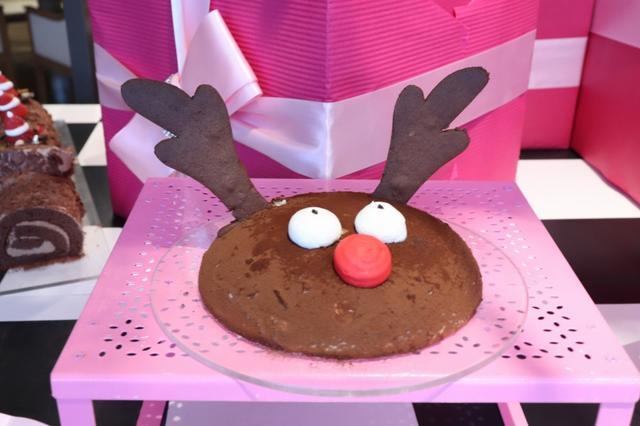画像: サンタのゆかいな仲間たち「トナカイチョコレートケーキ」