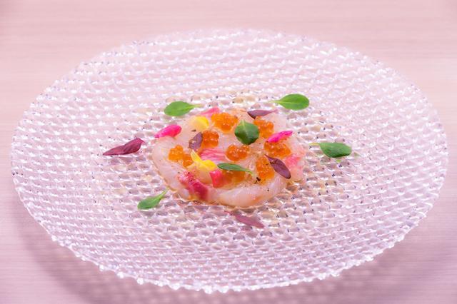 画像: 熟成真鯛のカルパッチョ