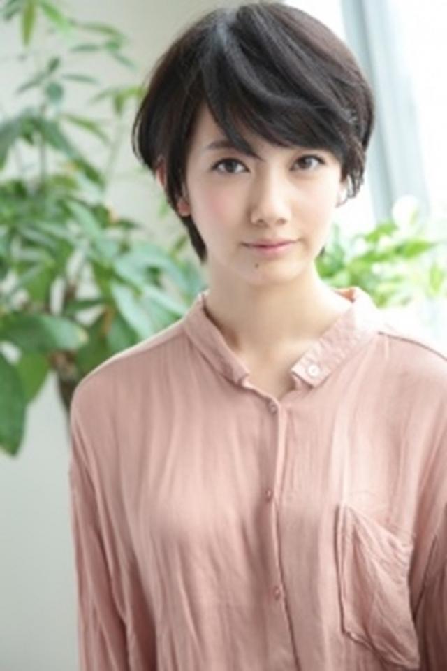 画像2: 波瑠さんが東京・鎌倉の美しさに思わずうっとり… 新CM 「美しい国の美しいめがね(東京)」篇