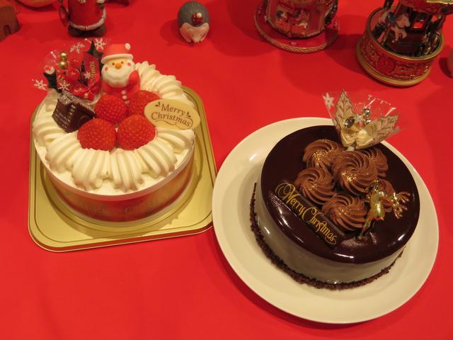画像: 左:苺サンドショート 右:ミロワールショコラ