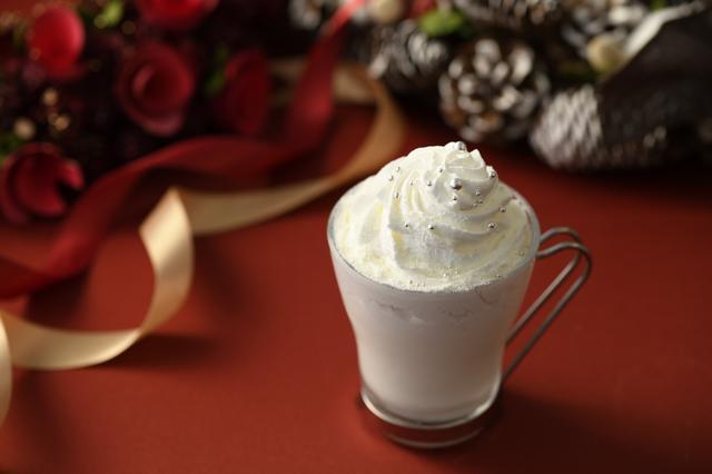 画像: ■「ラ・ネージュ」 : 1,000円 白銀の雪景色をイメージした、アーモンドとアップルパイ風味の身体を優しく温めるホットミルクです。 冷え込むこの時期に嬉しい一品を是非お試しください。