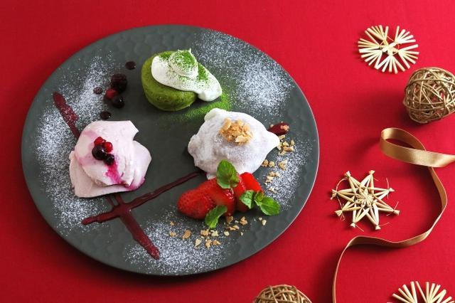 画像: 「こななのクリスマス甘味プレート」 950円(税抜) こななの甘い魅力が詰まった、クリスマス限定の甘味プレート。 あったか抹茶チョコレートが、とろ~り溶け出す濃厚フォンダンショコラに、もちもちの冷たいチョコアイス大福、口どけなめらかな豆乳プリンは苺味でさっぱりと。どこから食べても楽しい甘味プレートで、素敵なクリスマスをお過ごしください!