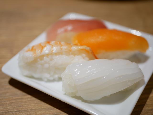 画像: +200円で握りたてのお寿司が食べ放題
