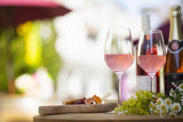 画像2: リゾナーレ八ヶ岳 ロゼカラーの街並みでロゼワインを楽しみつくすイベント 「八ヶ岳ロゼタウン」開催