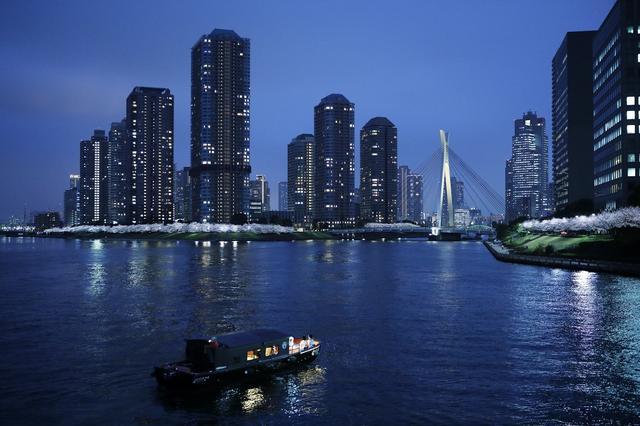 画像1: 【星のや東京】人力車と舟から眺める夜桜を楽しむ 「東京・夜桜舟あそび」