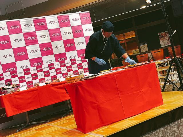 画像: 調理実演♡イオンの恵方巻きは、お店で1本1本巻いている!