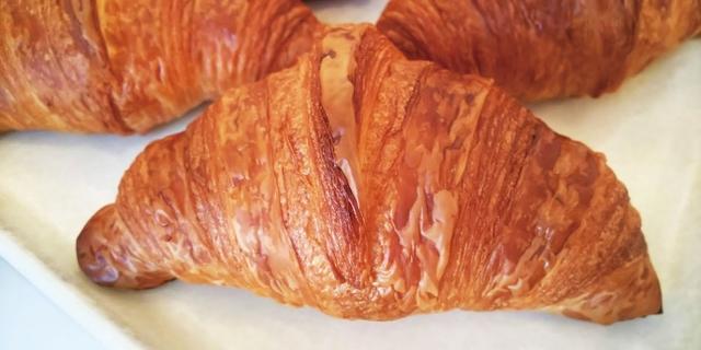 画像2: 街で人気のパン屋さんが日替わりで大集合!