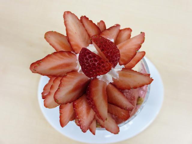 画像: たっぷりじっくり苺の魅力を楽しんで