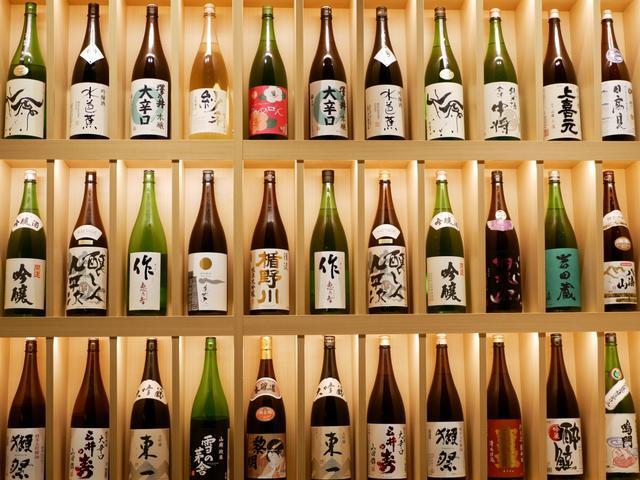 画像1: ヘルシーなベジ串と二色の出汁にこだわった創作おでん「ベジ串 創作おでん ぬる燗佐藤」