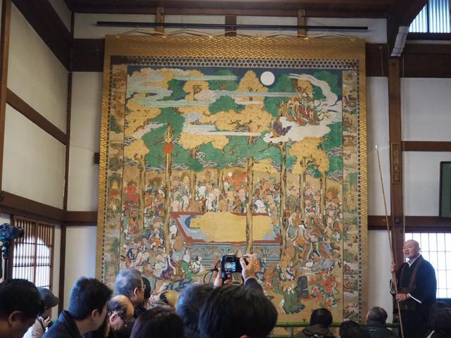 画像: 「釈迦大涅槃図」 約250年前に描かれたもので4年前に修復されたそう。色あざやかでとてもキレイでした!