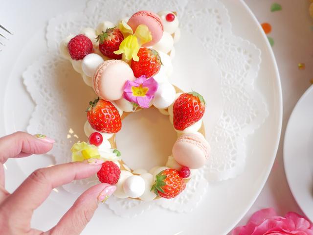 画像1: 指輪ケーキ1800円(税込)