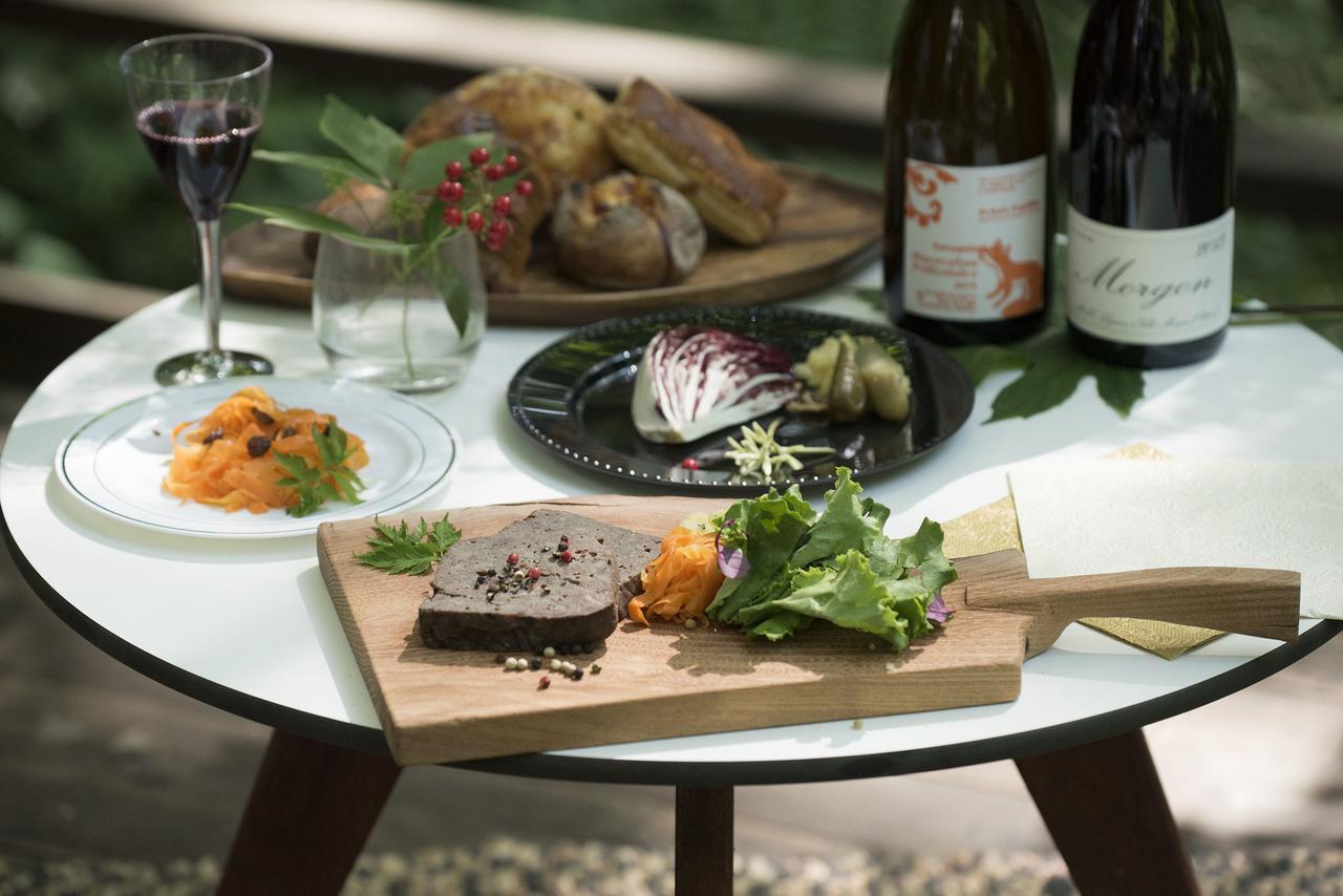 画像3: 【軽井沢星野エリア ハルニレテラス】軽井沢の森のテラスで味わうワインと食事 「森のプライベートワインランチ」