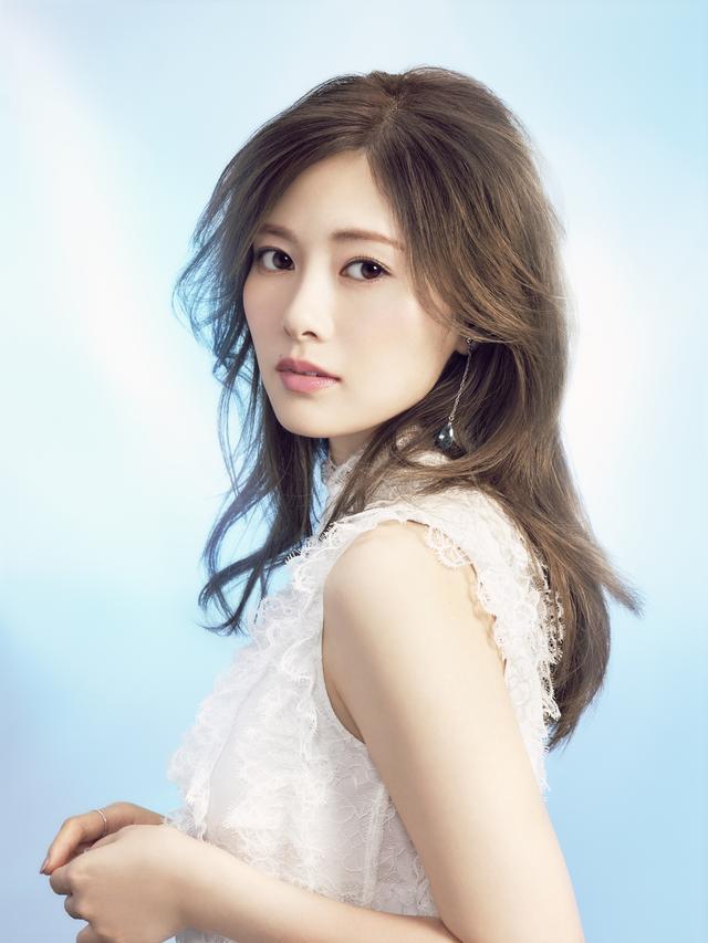 画像2: 白石麻衣さんがイメージモデル!うるおい続く新コンタクトレンズ発売