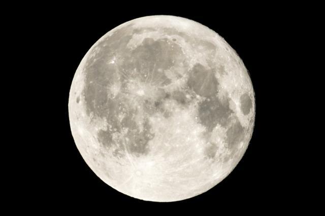 画像: 2月20日の満月は「平成最後で最大のスーパームーン」!
