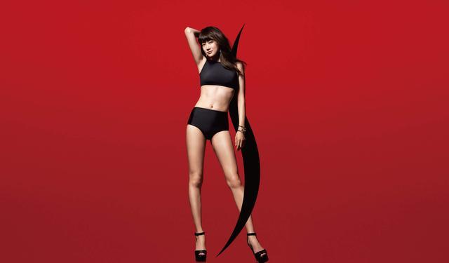 画像: モデルのヨンアさんが広告モデルを務め、遺伝子に基づいたサイエンスエステで話題ですね slenda-ginza.com
