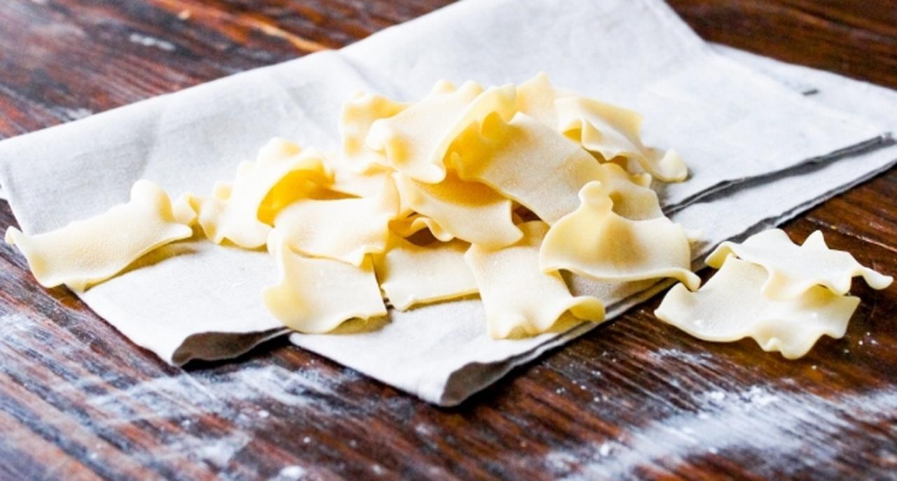 画像: ◆イタリア産ラザニア ナポリ職人こだわりの 低温熟成パスタで、 もっちりとした食感が特徴です。