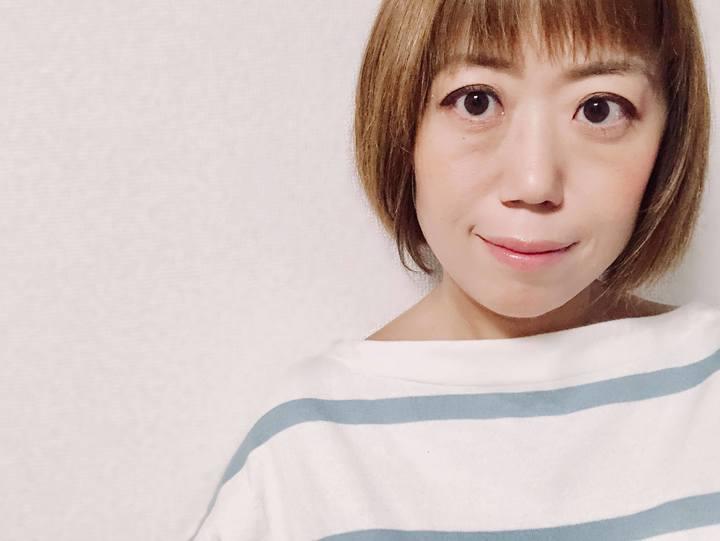 画像: ライター 吉田奈美さん 女性誌を中心に、タレントインタビュー、恋愛企画、読み物企画、などを担当している。過去にはピンクと女性の関係を深掘りしたコラムを執筆。
