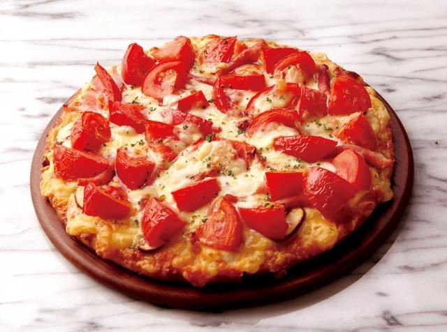 画像: <激盛りトマチーピザ> Mサイズ2,580円(税抜) *Mサイズのみ