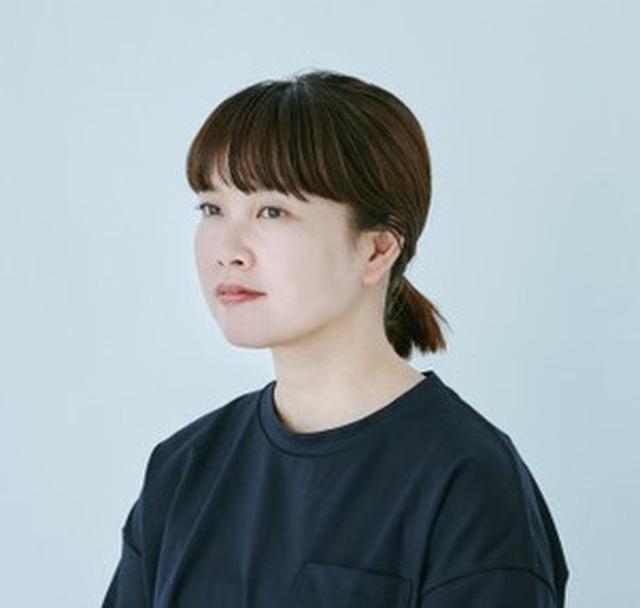 画像: 吉川陽子さん PROFILE 雑誌や広告で活躍中のヘア&メイクアップアーティスト。素肌の美しさを活かした、ナチュラルで透明感のあるメイクが、幅広い女性に支持されている。