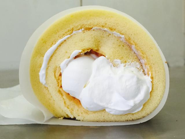 画像3: 1日40,000本売れた蜂蜜たっぷりのロールケーキ専門店が 「さんすて岡山」にオープン