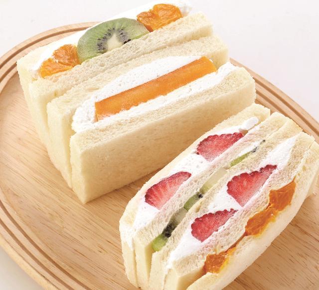 """画像2: フルーツにこだわったデザートから今話題の""""チーズティー""""まで!"""