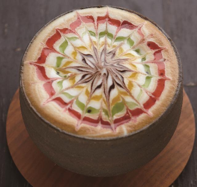 """画像9: フルーツにこだわったデザートから今話題の""""チーズティー""""まで!"""