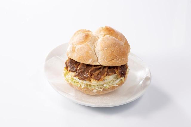 画像9: 食感が楽しいヤングコーンをピリ辛テイストで仕上げた 『ポークとヤングコーンのピリ辛トマトソースパニーニ』