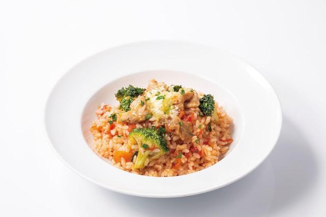 画像8: 食感が楽しいヤングコーンをピリ辛テイストで仕上げた 『ポークとヤングコーンのピリ辛トマトソースパニーニ』