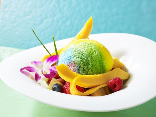 画像1: 【ザ・プリンス パークタワー東京/東京プリンスホテル】虹色シロップとたっぷりフルーツのかき氷!「レインボーシェイブアイス」を販売