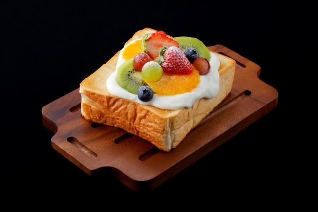 画像1: 北海道産小麦を使用した厚切り4種のトースト