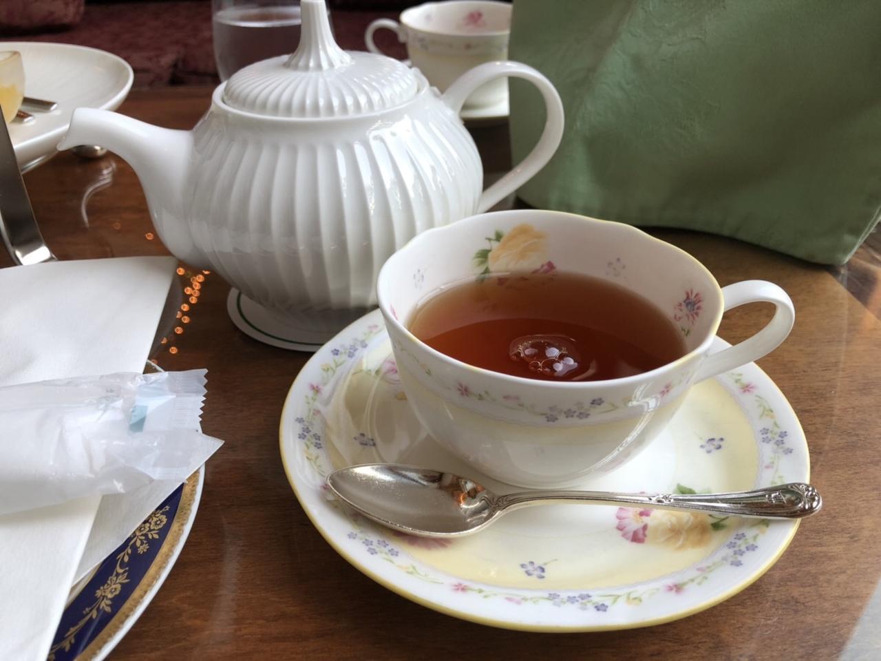 画像1: 紅茶やフレーバーティー、ハーブティーはお替り自由♪