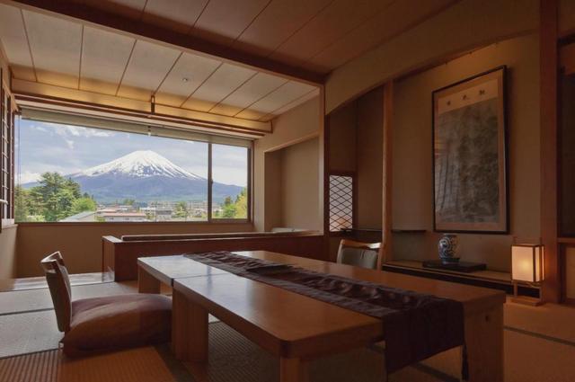 画像: 富士山(山梨)