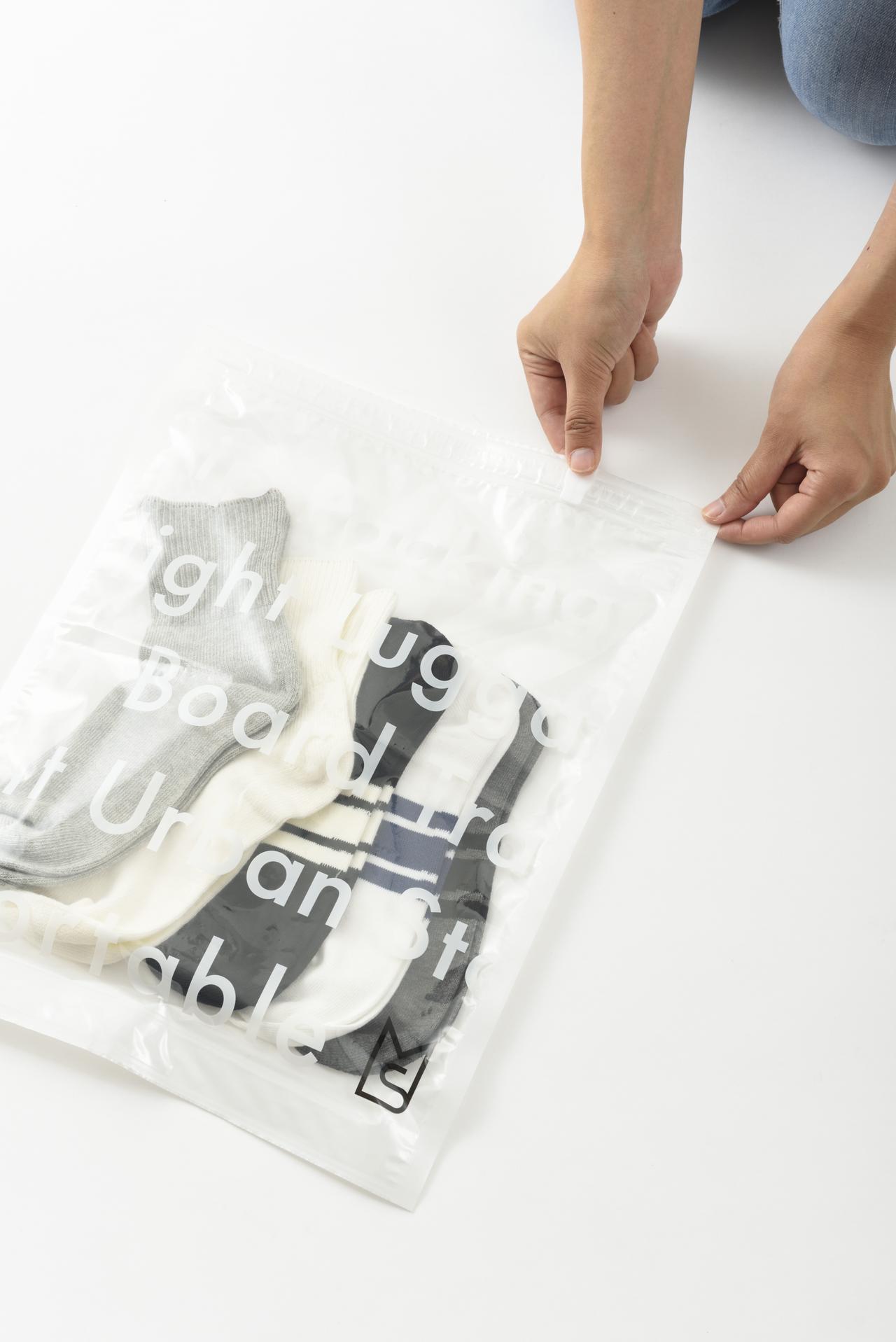 画像3: 旅の必需品!「トラベル用圧縮袋」の4サイズセット新発売