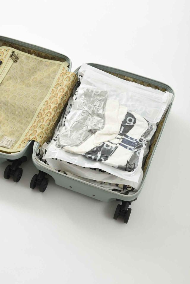 画像4: 旅の必需品!「トラベル用圧縮袋」の4サイズセット新発売