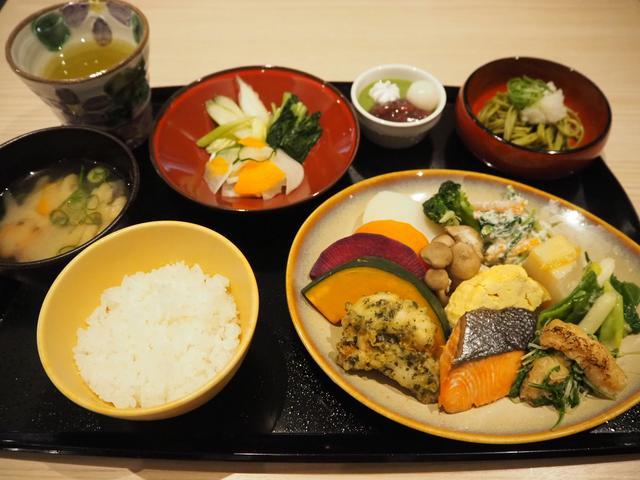 画像2: 茶季朝食メニューの試食会へ!