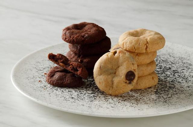 画像2: 味覚の魔術師フィリップ・コンティチーニの新しいクリエイションは「ブラウニー」と アメリカンタイプのチャンク入り「クッキー」