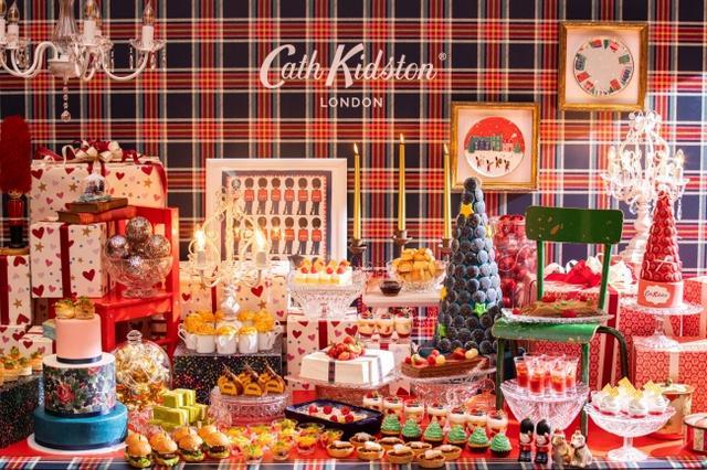 画像1: コンラッド東京、親しい人たちと楽しむホリデーシーズンのワクワク感を表現「ホリデー・ティーパーティー」スイーツビュッフェ