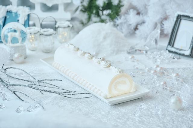 画像1: 「Royal White Christmas(ロイヤル・ホワイトクリスマス)」のデザート(一部)