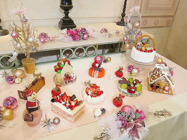 画像: 個性豊かなクリスマスケーキたち