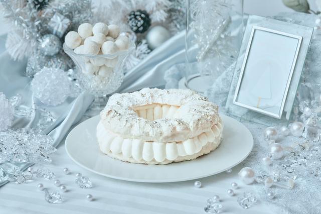 画像2: 「Royal White Christmas(ロイヤル・ホワイトクリスマス)」のデザート(一部)