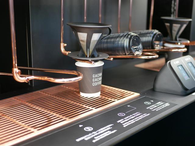 画像6: 【体験レポ】遊び心あるコンセプトカフェ!「GACHAGACHA COFFEE」オープン