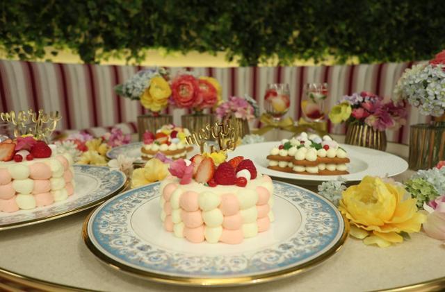 画像1: クリスマスケーキが初登場!フォトジェニックなケーキを作って食べられる「marryカフェ」