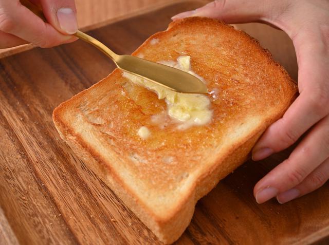 """画像3: 最高級食パン専門店「東京ノアレザン」ならではの""""生食パン+(プラス)""""ラインナップ"""