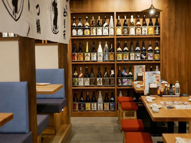 画像: 品揃えは108種類?!焼酎マイスター常駐「九州の旨かもん旨か酒 くすお」