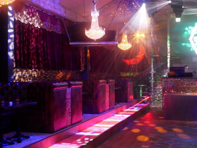 画像2: タイムストリップ感と共に蘇るアーバンシェルター「club GHQ」