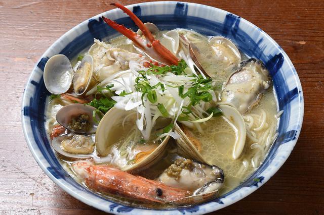 画像: とと丸海鮮ラーメン1,780円