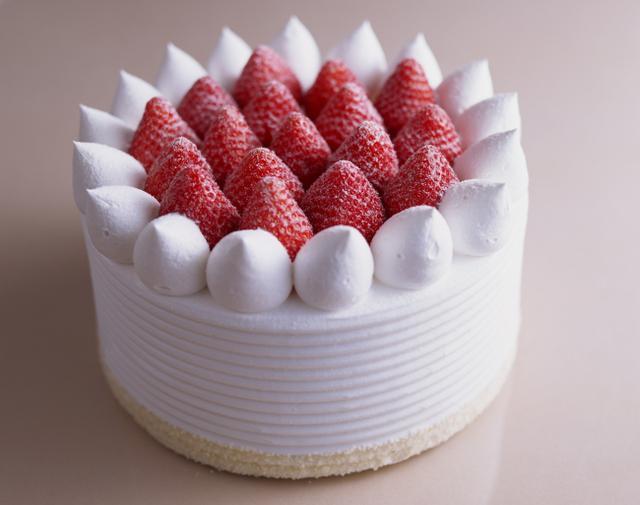 画像5: バスクチーズケーキも仲間入り!年末年始はシェアしてハッピーなホールケーキはいかが?