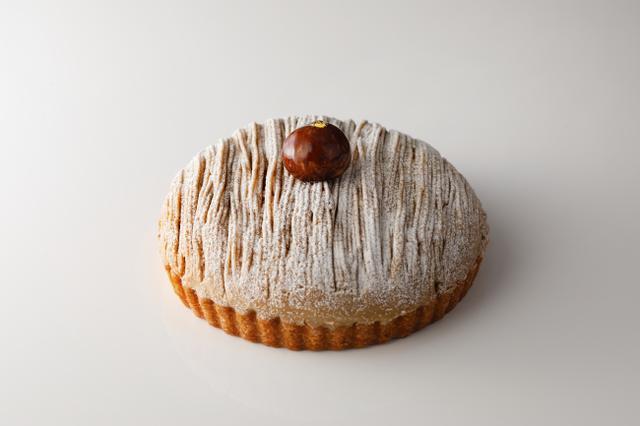 画像2: バスクチーズケーキも仲間入り!年末年始はシェアしてハッピーなホールケーキはいかが?